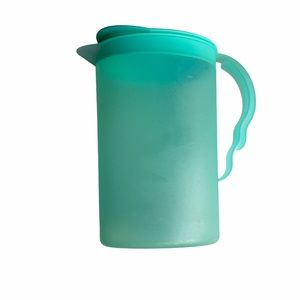 Tupperware teal colored pitcher
